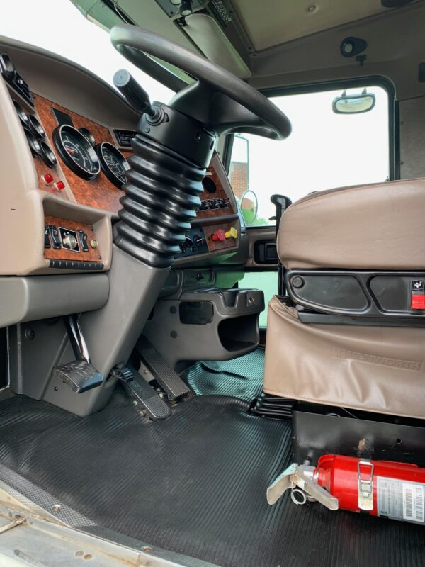 Express Blower EB-70 Blower Truck Interior
