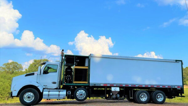 Express Blower TM-45MD Blower Truck on 2016 Kenworth T880 Chassis